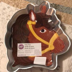 Wilton pony cake pan